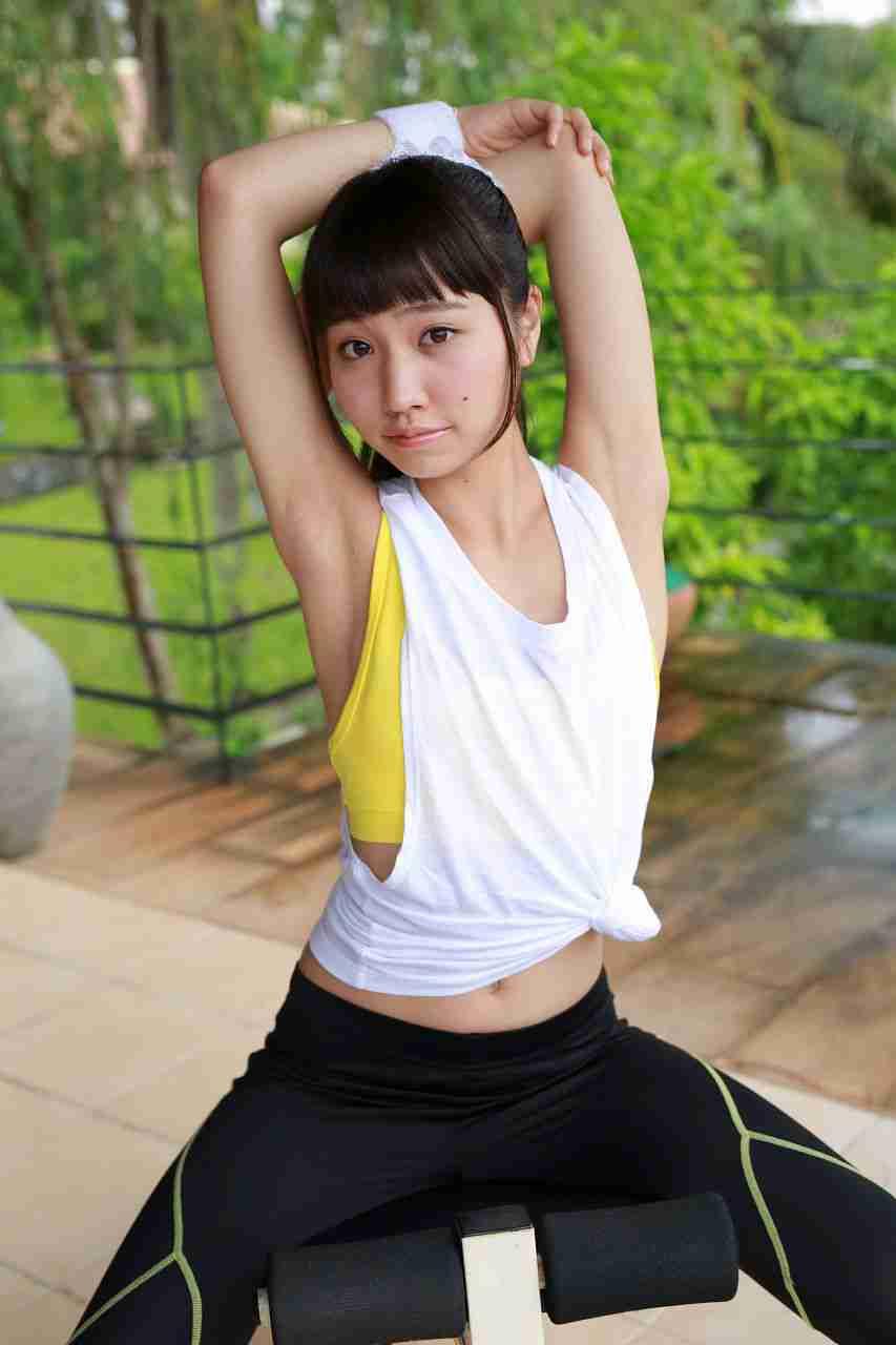 高岡未來 スポーツ 健身少女