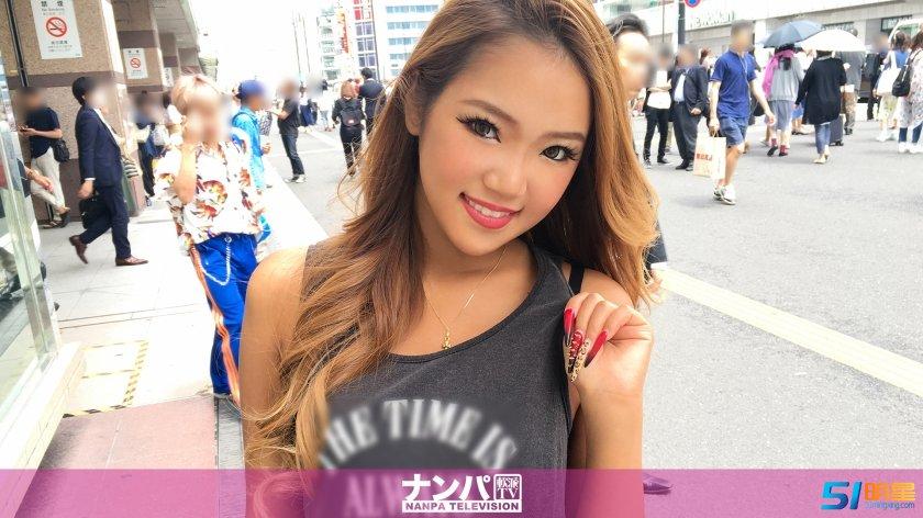 朝美蕙香,18岁的店员 夏海番号大全200GANA