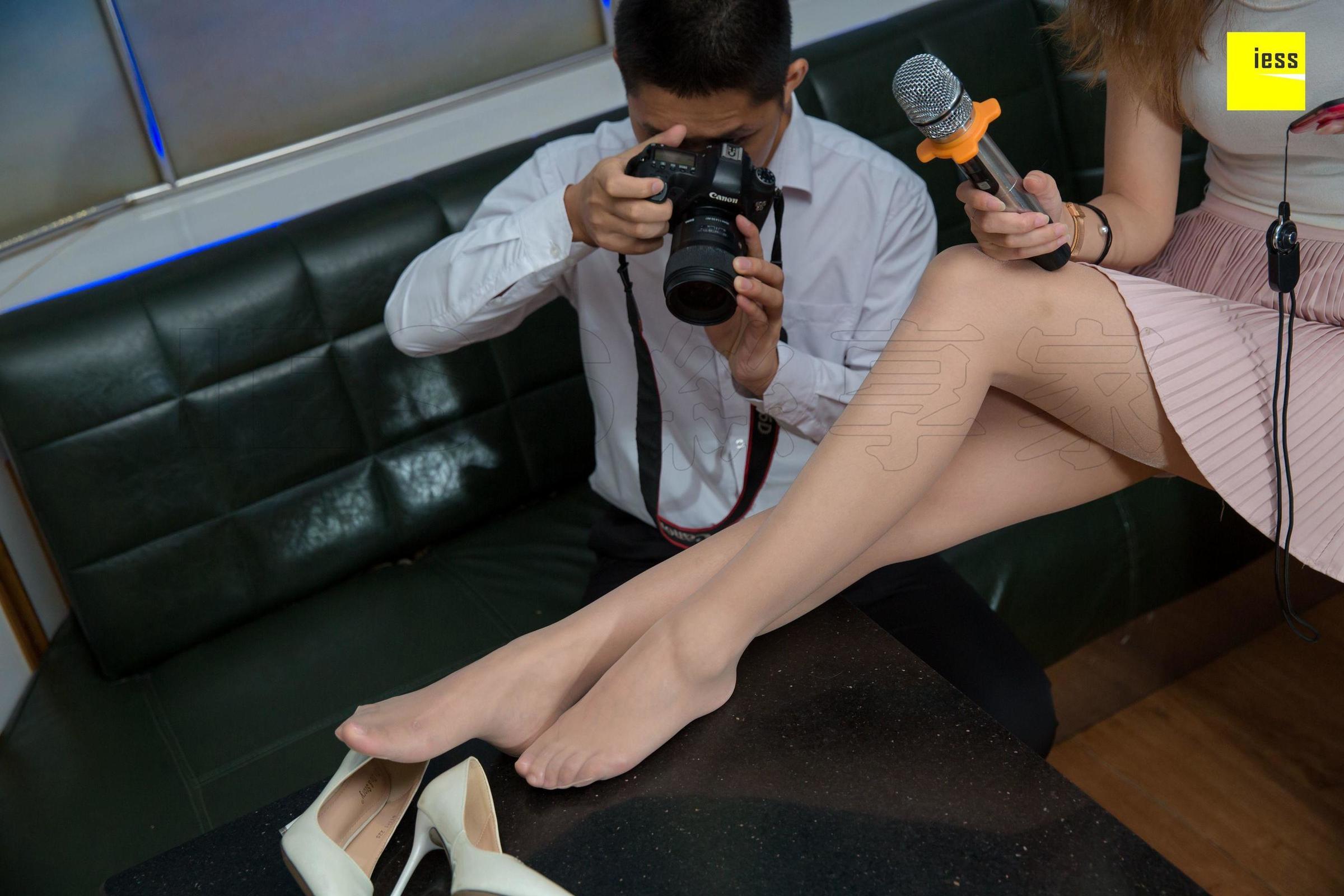 秋秋 摄影师约我去KTV