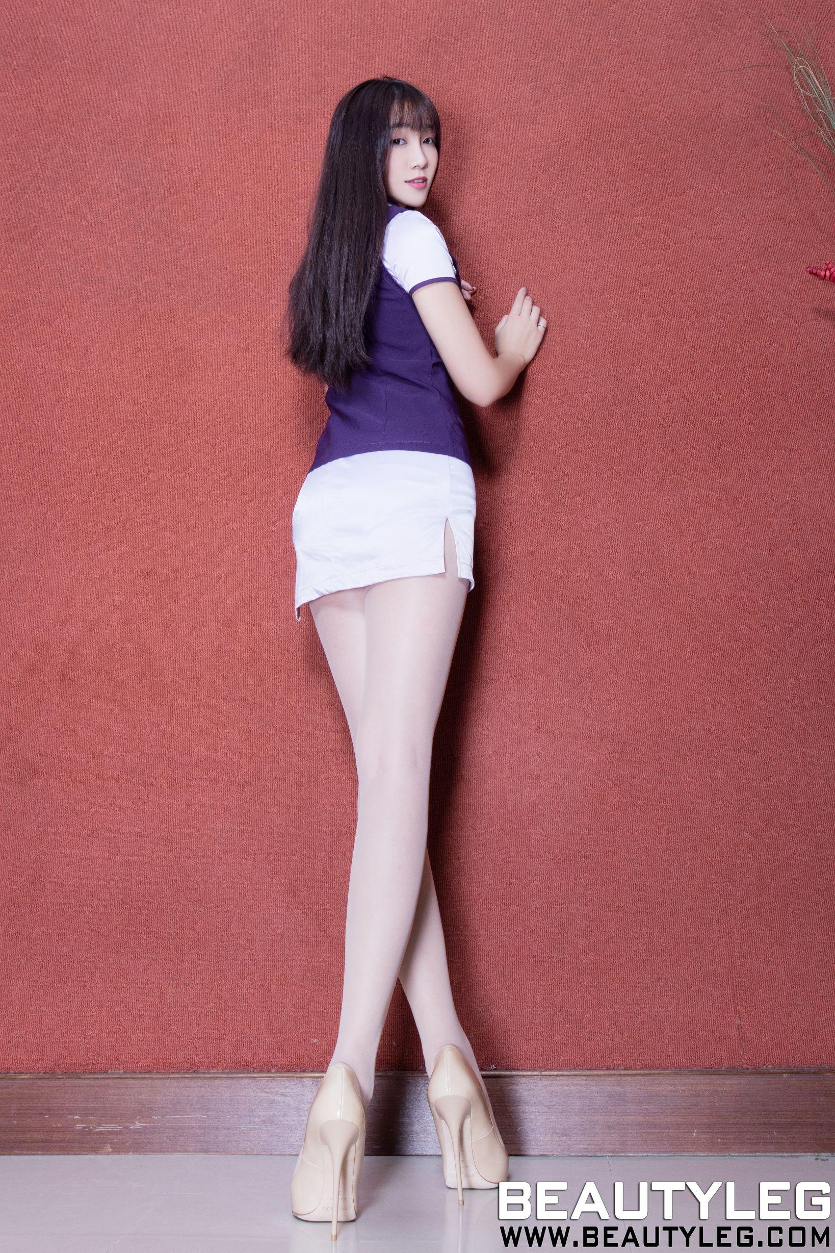 Iris 超短裙制服美腿写真套图