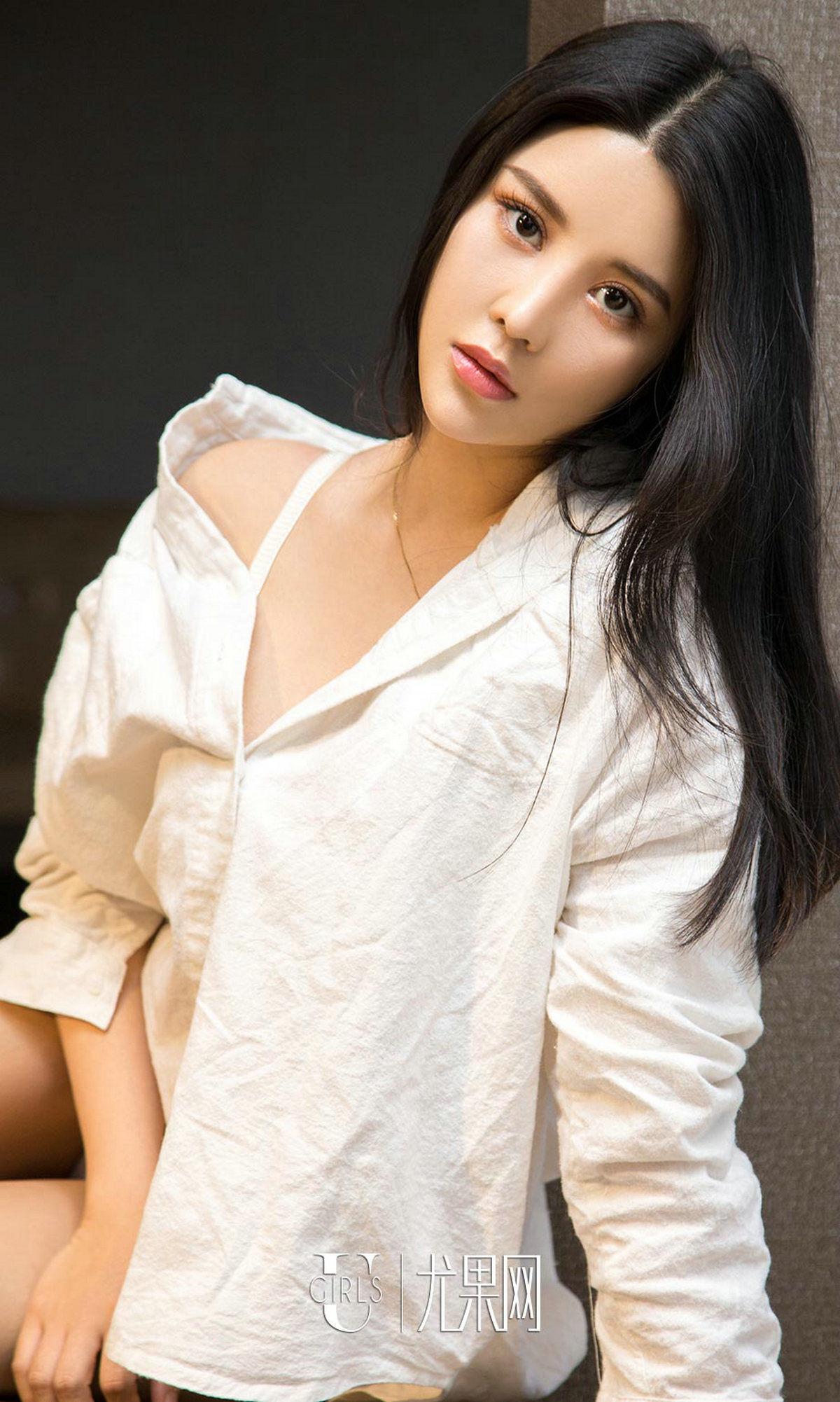 sukki可儿 - 黑裙与白衬衫