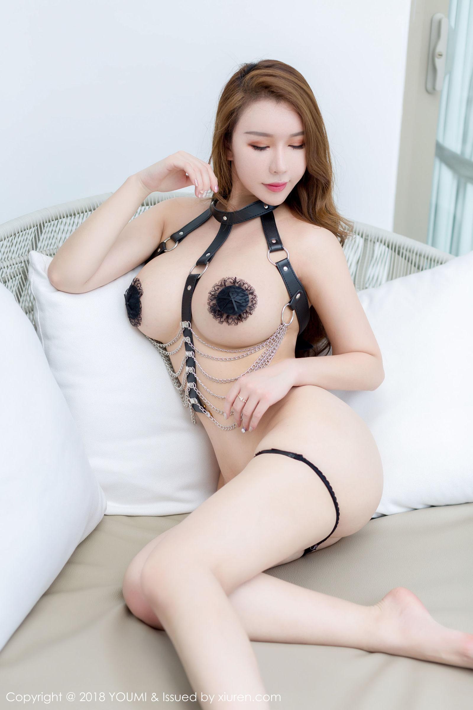 尤妮丝 - 皇帝的新装