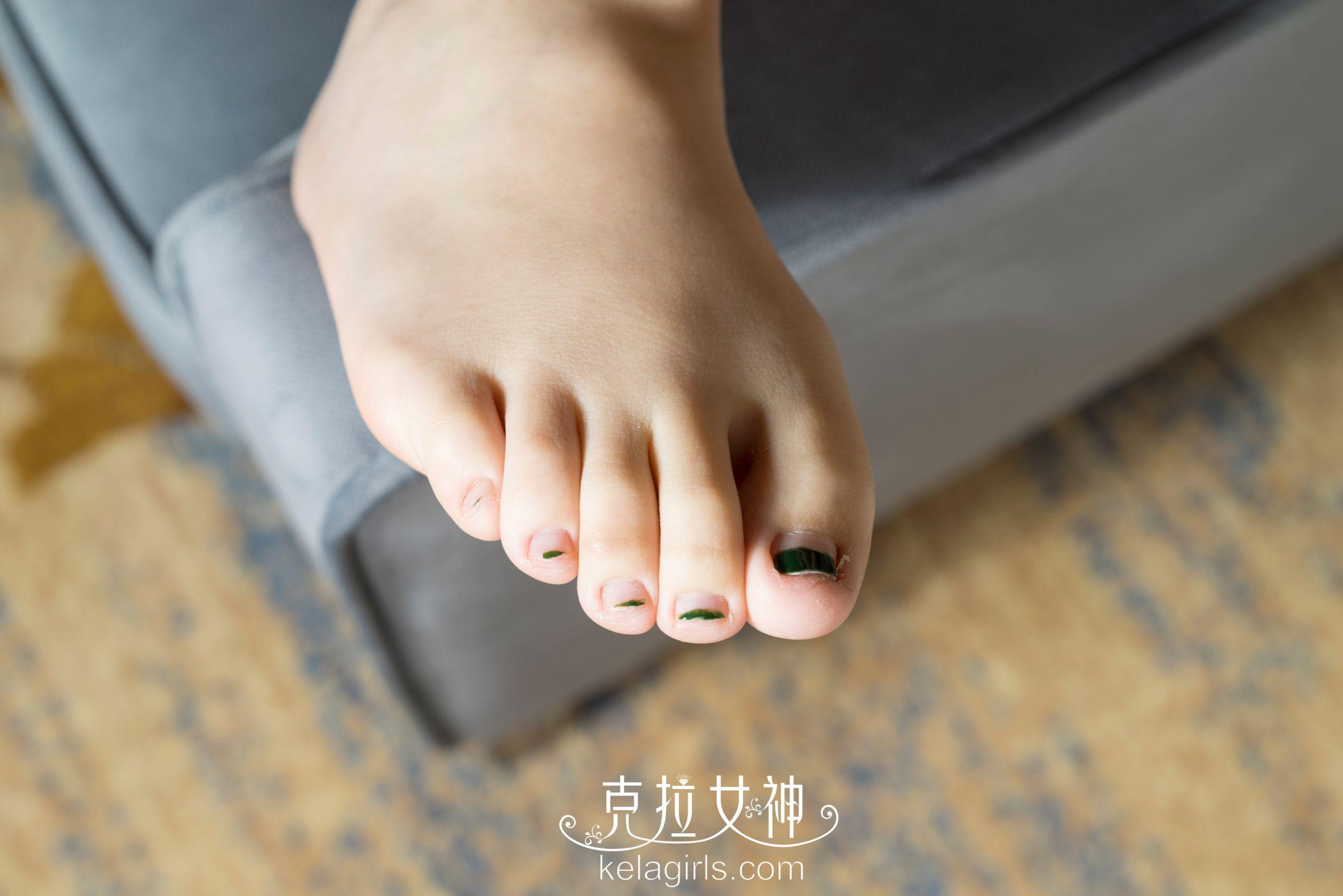 菁菁 - 《校花の美脚》写真图片