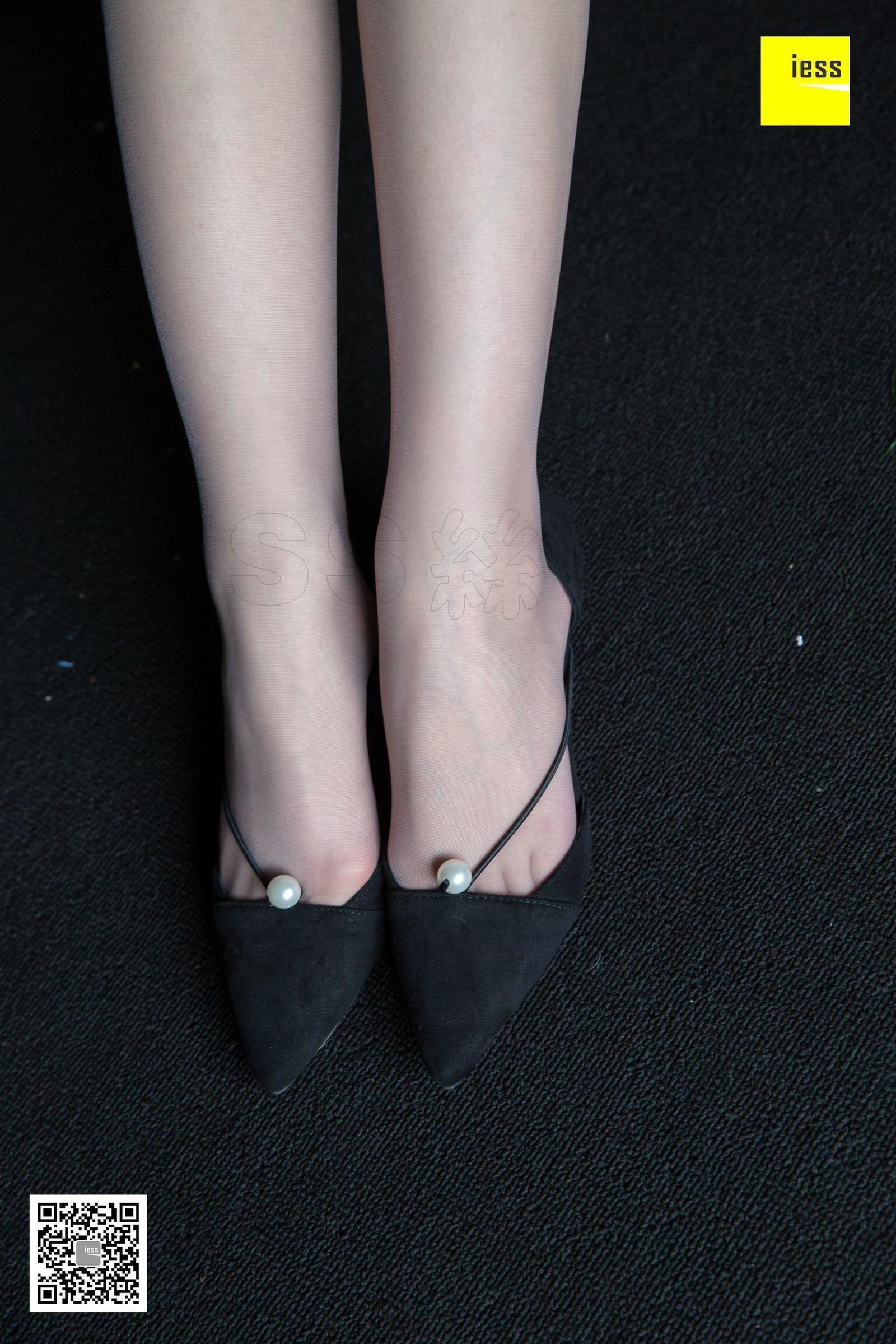 名利姐 《足模姐姐玩灰丝》美腿丝足套图