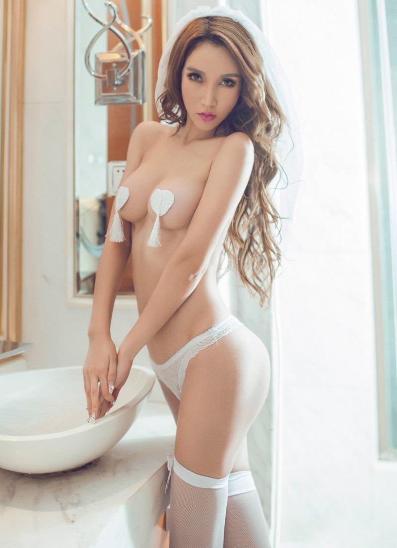 美女嫩模陈怡曼大胆人体惊艳写真照
