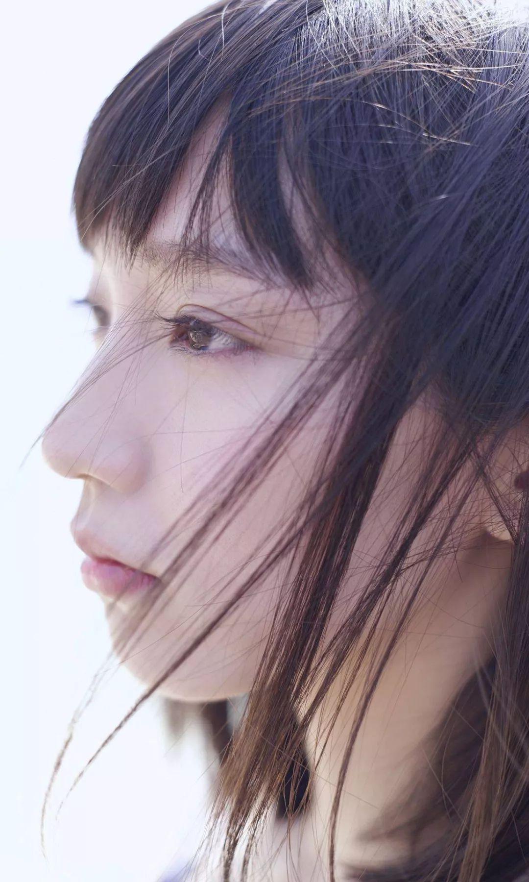 吉岡里帆 - 「ロングロングバケーション」(Kindle)