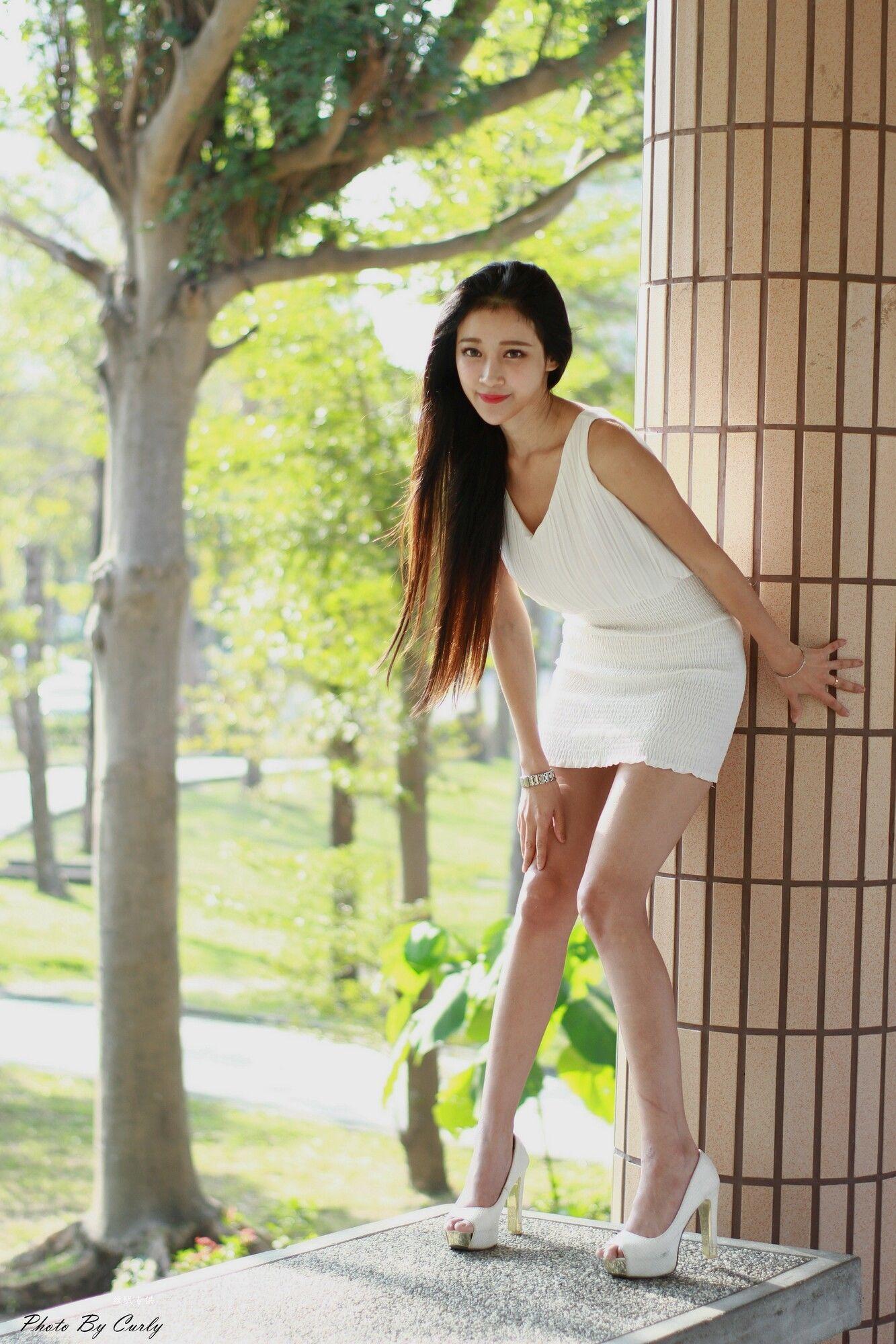 [台湾正妹] 艾葳Avril - 高雄美術館 写真图片