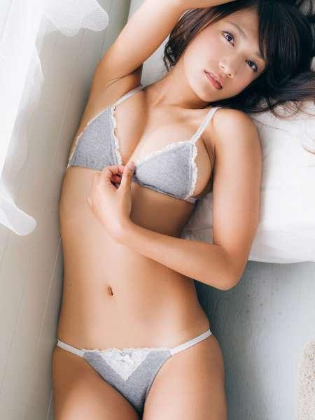 Strictly Girl 石原由希 Yuki Ishihara『嘘はつけない、過激な乙女。』