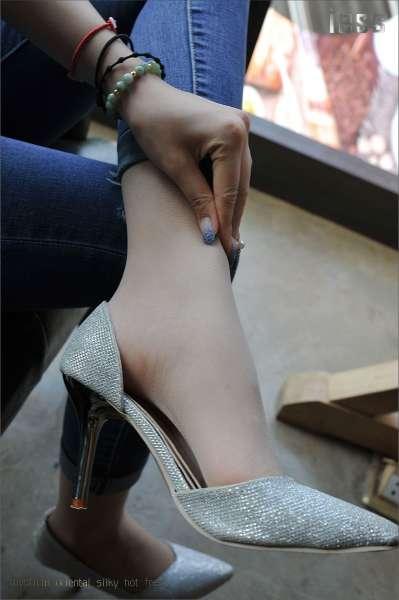 张馨月~丝足高跟与牛仔裤